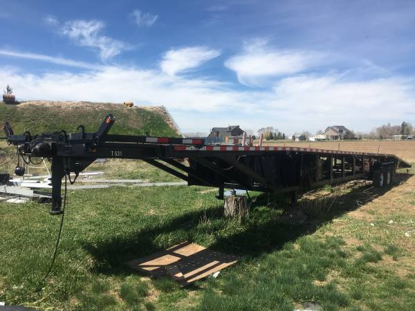 Photo 2004 52 ft car hauler - $4500 (Rigby)