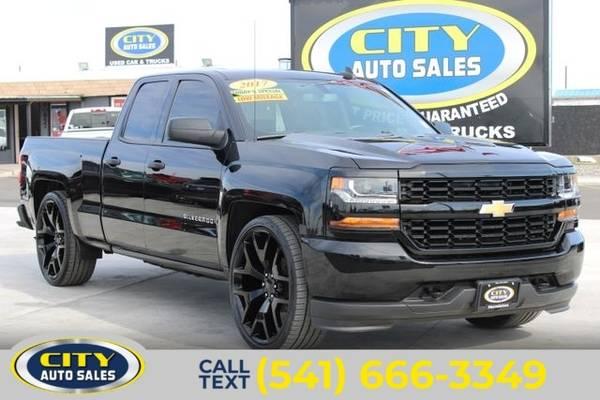Photo 2017 Chevrolet Silverado 1500 Custom Pickup 4D 6 12 ft - $30,000 (_Chevrolet_ _Silverado 1500_ _Truck_)