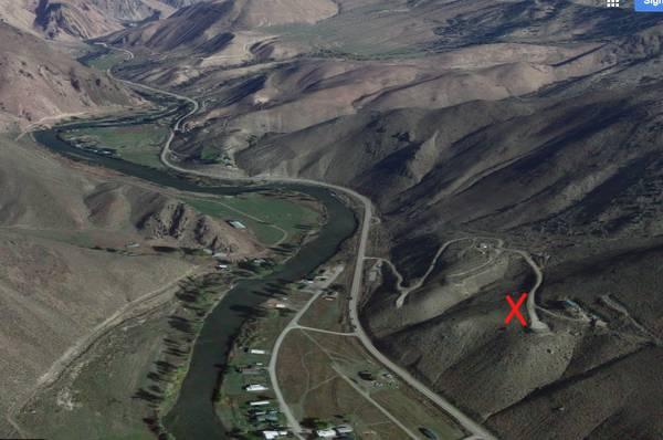 Photo .52 Acre Lot Overlooking the Salmon River (Elk Bend, Idaho)