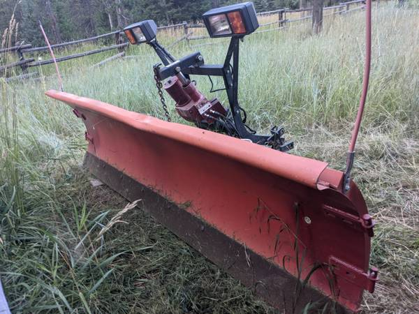 Photo 839 Western Snow Plow complete with mounting hardware - $2,350 (Wilson, Wy)