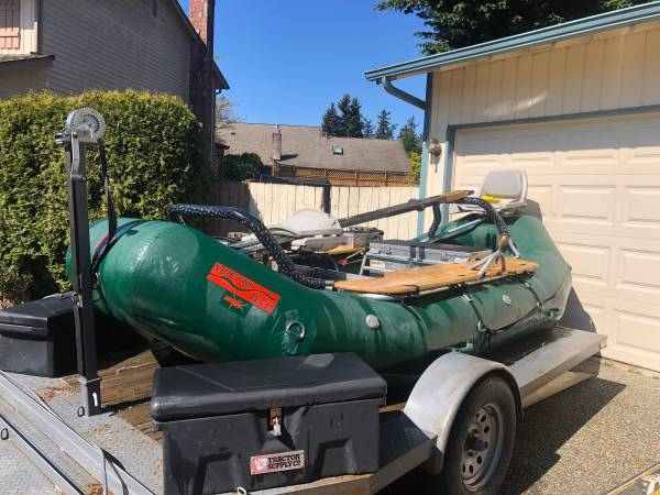 Photo FLY FISHING WHITEWATER RAFT - $8700