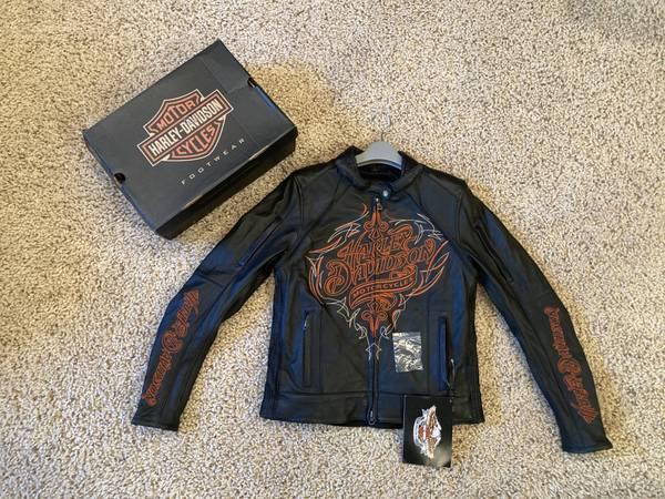Photo Harley Davidson Womens Motor Jacket - Size Small  - $300 (Ammon)