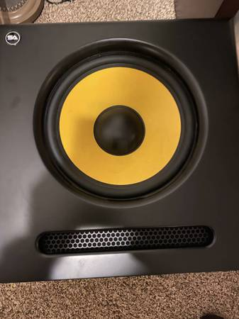 Photo Spectra-12SUB - Active Studio Subwoofer - $175 (Pocatello)