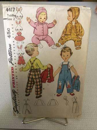 Photo Vintage Childs Simplicity Pattern 4417 - $10 (Na)