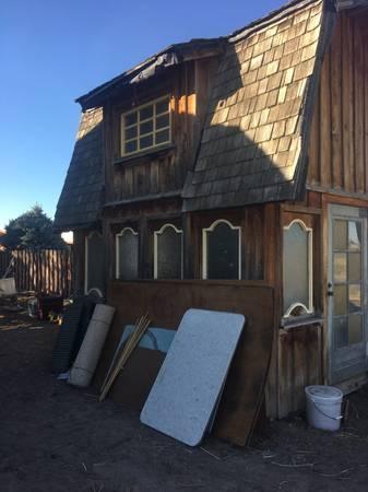 Photo Woods Estate Sale - Nov 5 - 6 - 7 - 320 N 4th W (Paul, ID)
