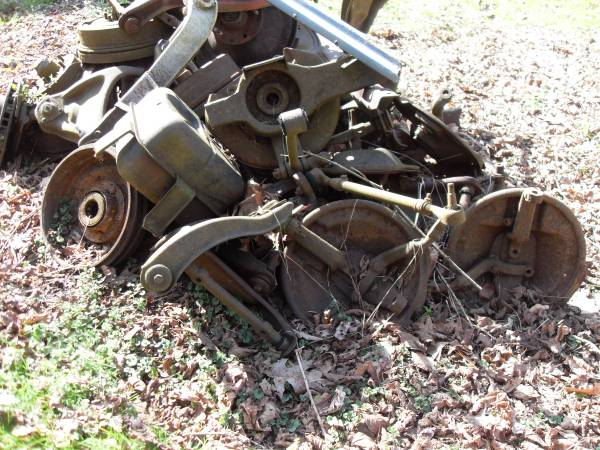 Photo 1963 to 1978 Corvette steering and suspension parts - $300 (Honaker)