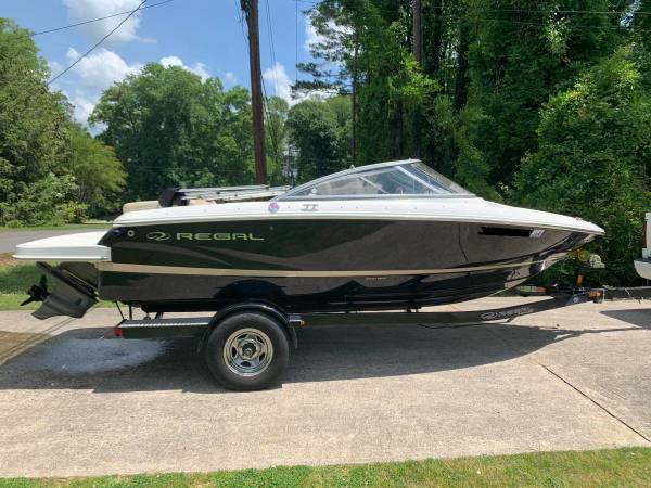 Photo 2014 Regal 1900 ES Boat, Ski Boat, Bow Rider - $21,000