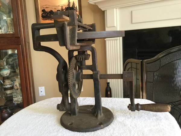 Photo Antique Late 1890s Hand Crank Sheep Shear Sharpener Lapping Honing Mac - $150 (knoxville)