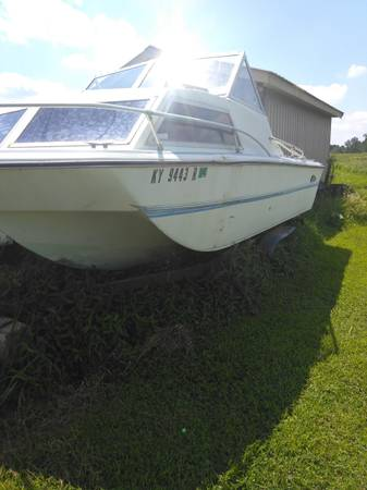 Photo BOAT N TRAILER FOR SALE - $300