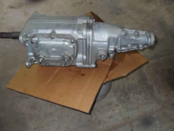 Photo Chevy muncie aluminum 4 speed transmission. 64 65 Corvette Chevelle - $600 (Honaker)