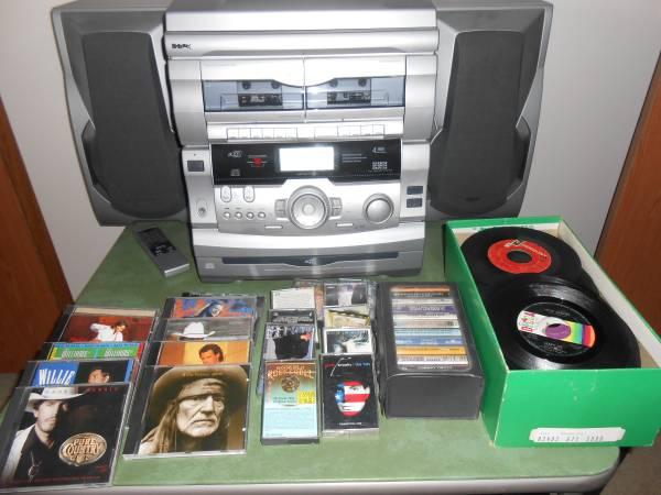Photo GPX CD, RECORD, CASSETTE PLAYER - $400 (Bluff City, TN)