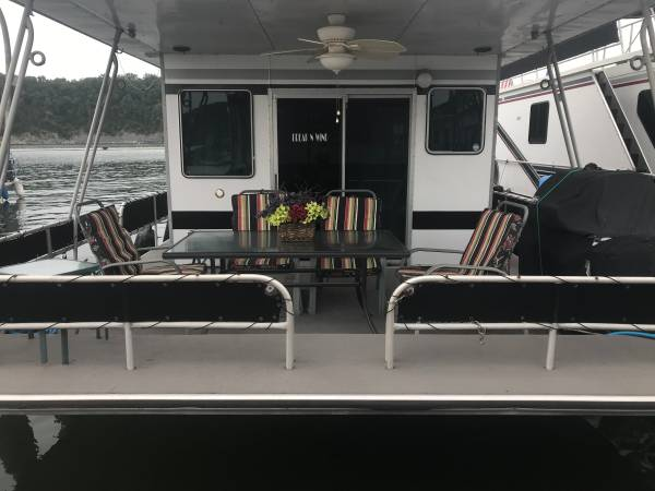 Photo Houseboat 1982 Sumerset Aluminum Hull 16 X 55 - $65,000 (Lake Cumberland Conley Bottom)