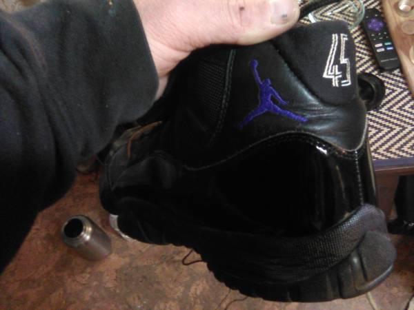 Photo Jordan Concord 11 45 Retirement Shoe - $75 (Winchester)