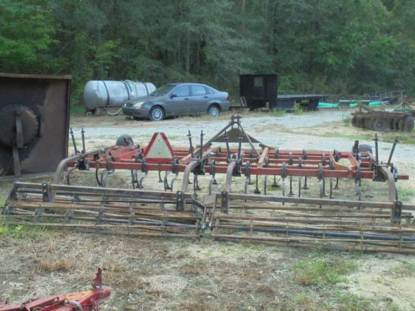 Photo 14ft Massey Field Cultivator Double Rolling Baskets - $2600 (Pitt County)