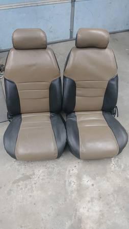 Photo 1995 Mustang GT Seats - $100 (La Grange)