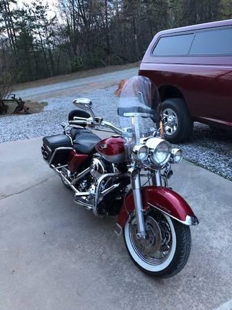 Photo 2004 Harley Davidson Road King - $7,700 (Purlear)