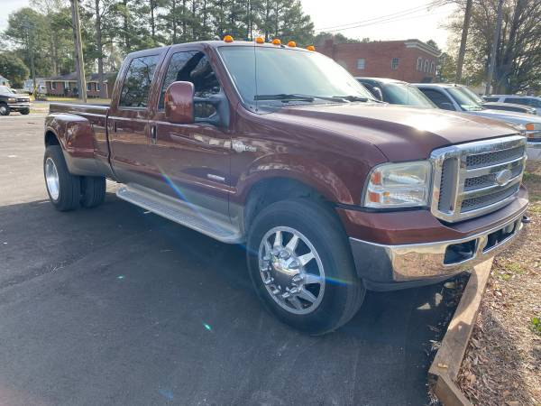 Photo 2006 Ford F350 Dually King Ranch 4x4 Crew Diesel Only 131k Garage Kept - $19,900 (Wallace)