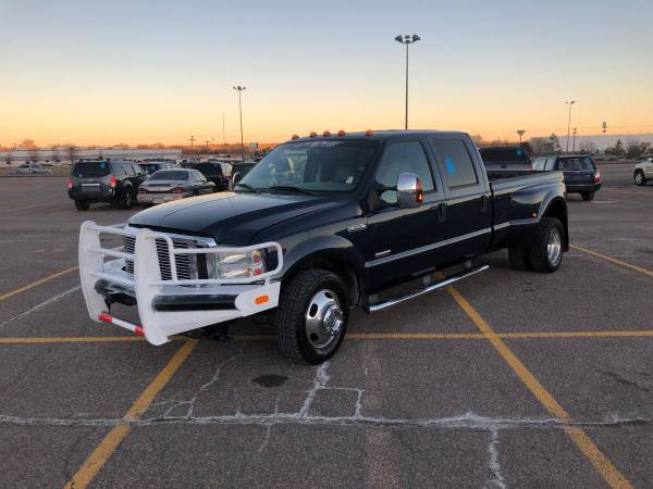 Photo 2006 Ford F350 Lariat Dually Crew Cab 6.0 Diesel Only 184k Miles - $12,900 (Wallace)