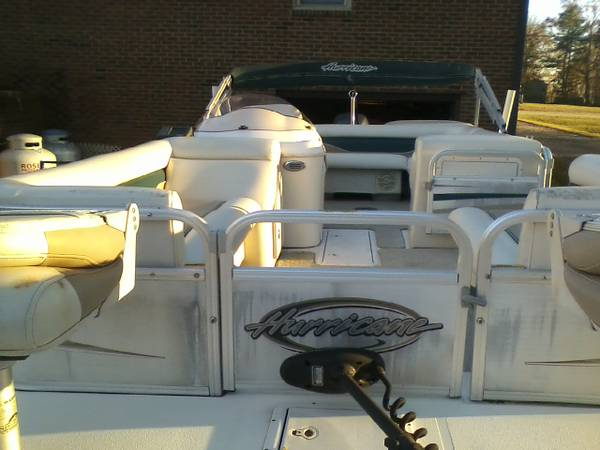 Photo 2007 Hurricane Deck Boat Model 226 ref - $16,000 (Momeyer, NC)