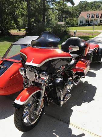 Photo 2012 CVO Harley Ultra Classic w. Sidecar and trailer - $20,000 (Morehead City)