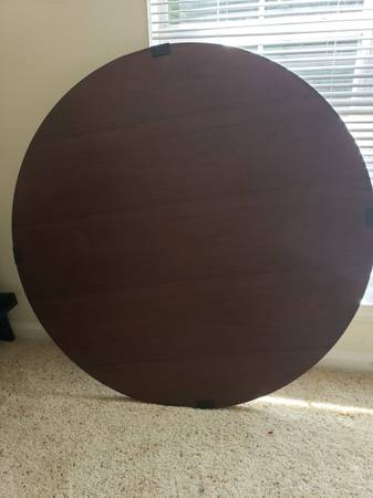 Photo 40 inch round table top (Chapel Hill)
