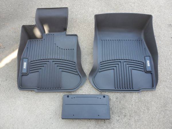 Photo BMW Vinyl Floor Mats - $100 (Winterville)