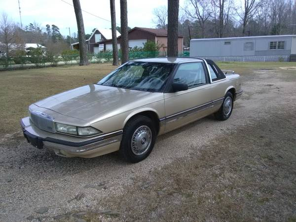 Photo Buick Regal Coupe - $1800