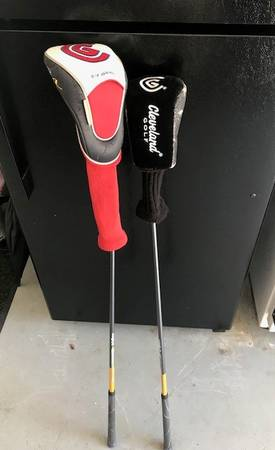 Photo Cleveland driver and 3 wood - $100 (New Bern)