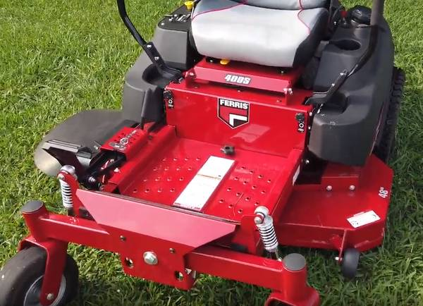 Photo Ferris 400S Zero Turn Lawn Mower 48quot Deck 21.5 HP Kawasaki V-Twin (Goldsboro NC)