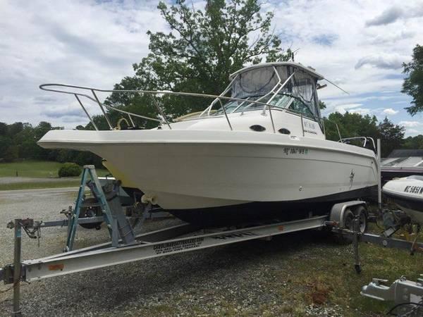 Photo Fishing Machine  Large walk around - $31,500 (Kerr Lake)