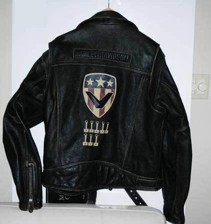 Photo Harley Davidson 8Valve tribute Leather Jacket Mens XL - $250 (New Bern, NC)