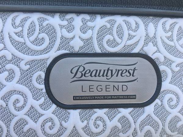 Photo King Size Beautyrest Legend 16 Mattress - $600 (Greenville and Surrounding Areas)