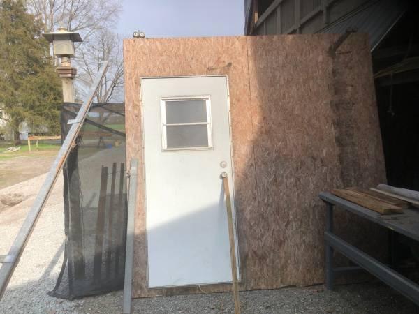 Photo Sliding Barn door - $100 (Pikeville)