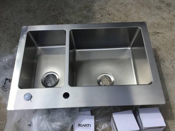 Photo Stainless Steel Kitchen Sink - $125 (Washington)