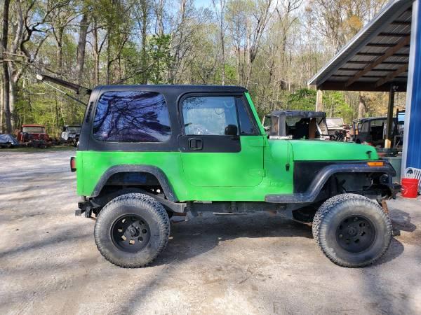 Photo Wrangler, Comanche, Cherokee YJ XJ TJ LJ MJ JK JKU unlimited parts - $5 (Pinetown)