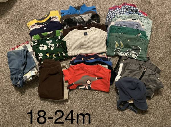 Photo 18-24 month boy clothes - $40 (Bend)