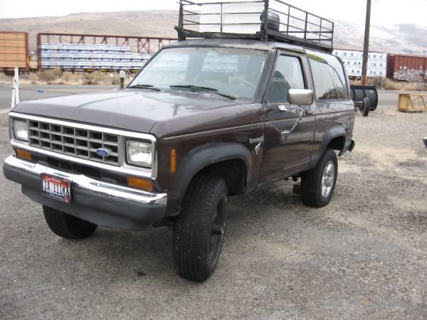 Photo 1986 Ford Bronco II - $800 (Baker City)