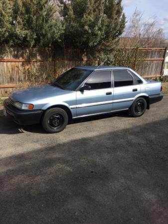 Photo 1990 Geo Prizm (Toyota Corolla) - $1150 (Milton Freewater)
