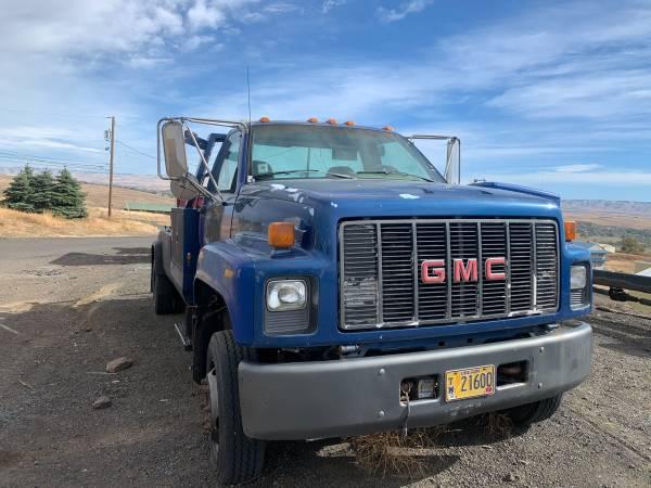 Photo 1994 GMC Top kick Tow truck - $12,000 (Pendleton)