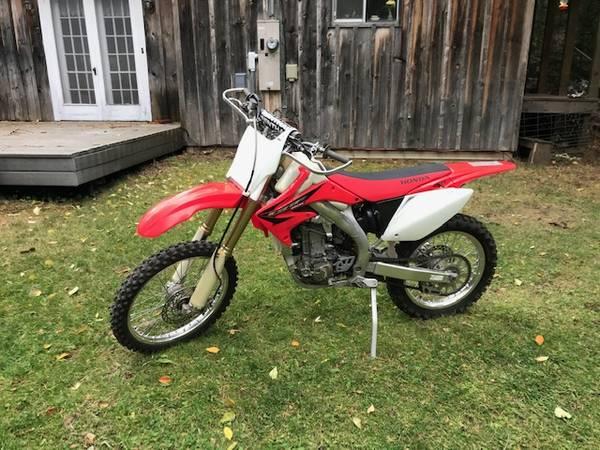 Photo 2005 Honda CRF 450R - $3,600 (Walla Walla)