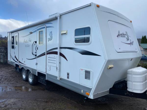 Photo 2008 Arctic Fox Silver Fox Edition 29V Double Slide outs Mint Shape - $18,900 (Hillsboro oregon)