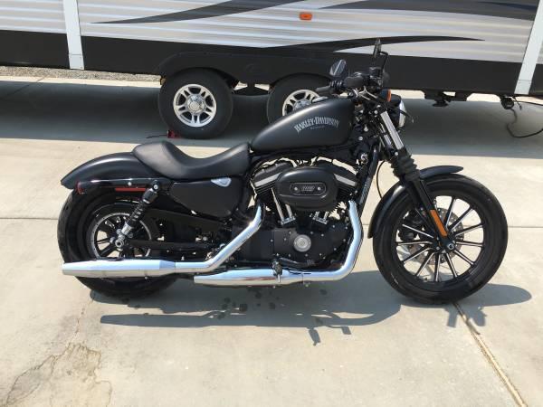 Photo 2014 Harley Davidson 883 Iron - $7,500 (Baker City)