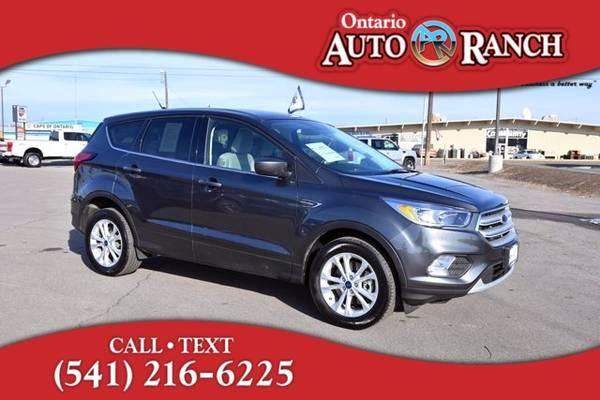 Photo 2019 Ford Escape SE - $19,676 (_Ford_ _Escape_ _SUV_)