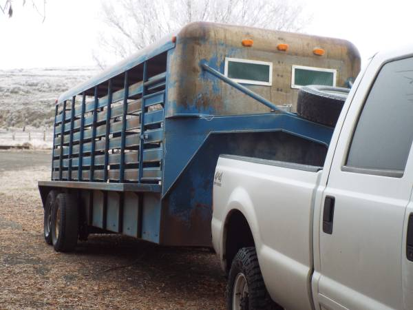 Photo 20 foot Goose Neck stock trailer - $5,500 (Ritzville Wa.)