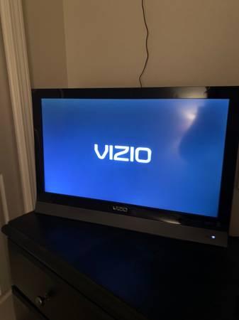 Photo 26 Vizio Tv - $40 (Meridian)