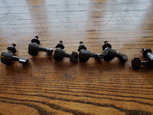 Photo 6 in line Ping tuners Fender styke - $30 (Boise)