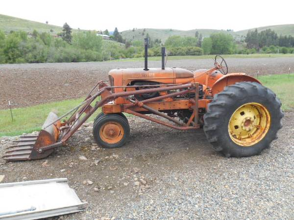 Photo Allis Chalmers WD45 Tractor with Loader - $3500 (Baker City, OR)