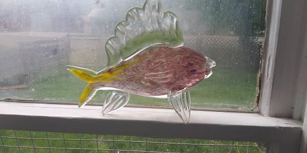 Photo Hand made Glass Fish Art--Murano - $20 (Pendleton)