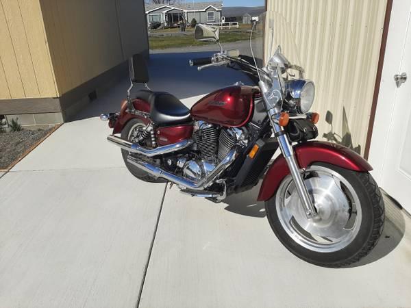 Photo Honda Shadow Sabre 1100 - $3,500 (Coulee City)