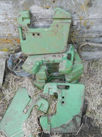 Photo John Deere Suitcase Weights - $500 (Joseph)